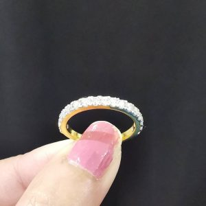 9120019 แหวนเพชรแถวขนาดกลาง