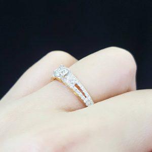 1006007 แหวนเพชรชูทรงสวย